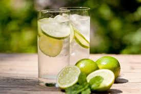 Glas water citroen